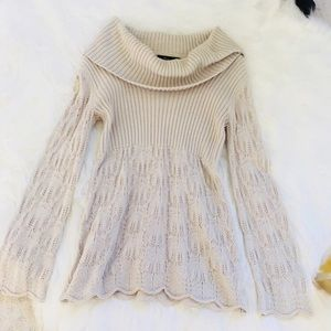 Women's cream tan sweater!!